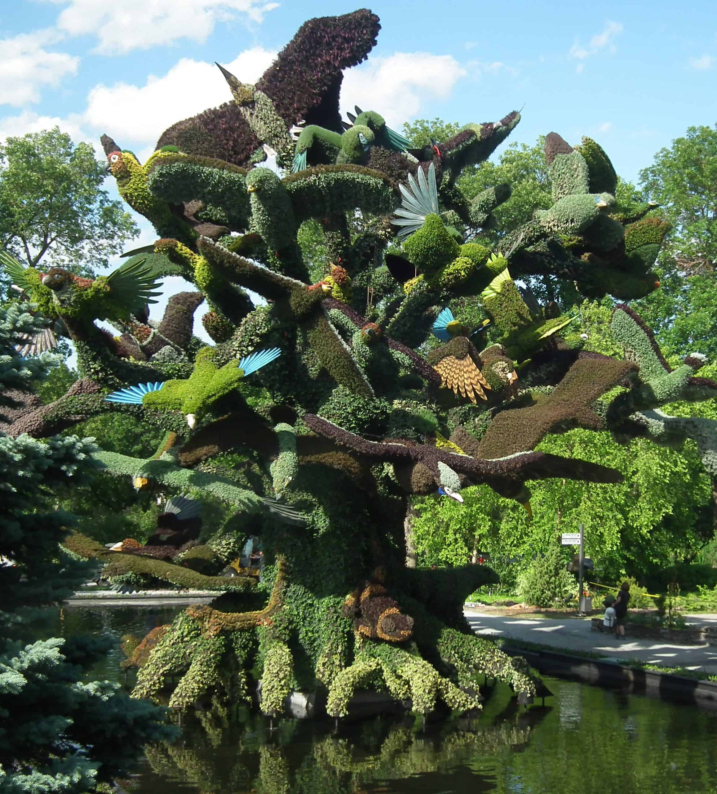 Tree of Birds honours endangered species.